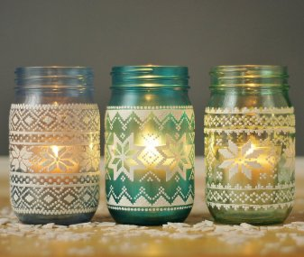 Mason-Jar-Holiday-Decor