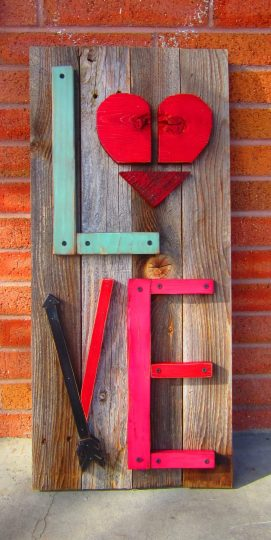 lovewoodsign2